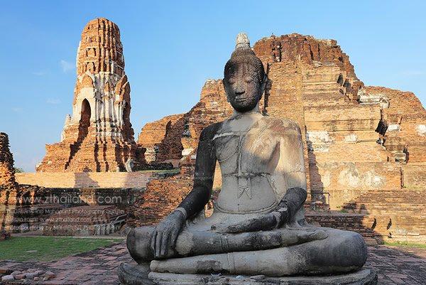wat-mahathat-ayutthaya-02